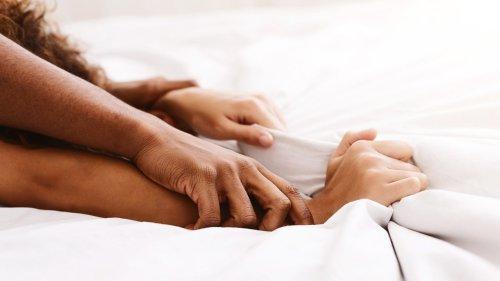 Expertin verrät: Gemeinsamer Orgasmus – ist das überhaupt möglich?