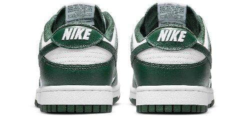 Nike Dunk Low: Der perfekte grün-weiße Sneaker für dein Frühlings-Outfit