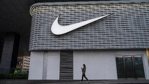 """Nike einigt sich bei """"Satan Shoes"""" von Lil Nas X auf einen kuriosen Rückruf"""