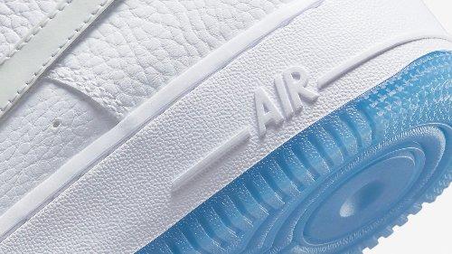 Nike Air Force 1 UV Reactive: Dieser Sneaker verändert seine Farbe