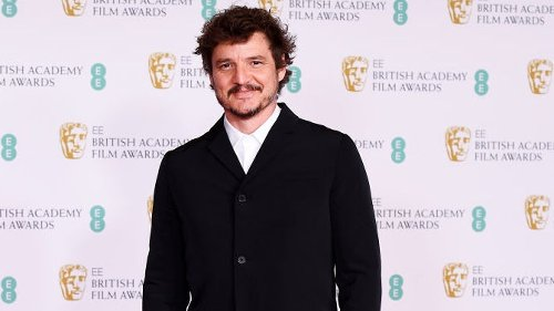 Pedro Pascal is leading an air tie revolution at the BAFTAs