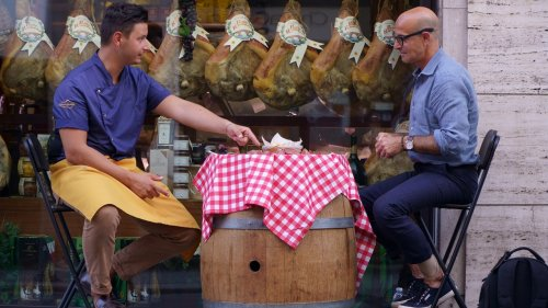 In Praise of Stanley Tucci's TV Travel Uniform