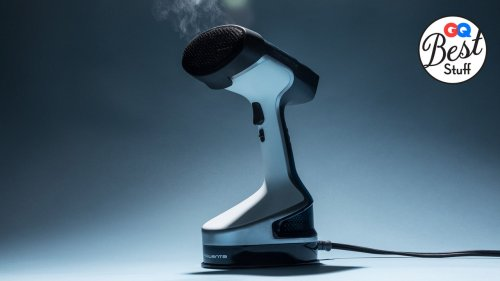 The Best Handheld Steamer Will Make All Your Wrinkles and Problems Disappear