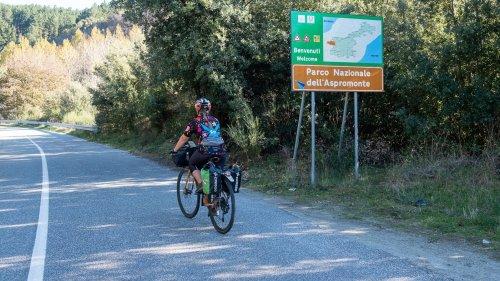 In Calabria nasce la «Ciclovia dei Parchi»