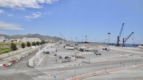 El Puerto de Motril firma el mejor trimestre de su historia en tráfico de mercancías