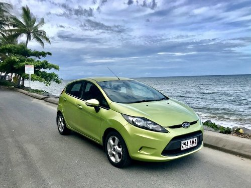 Cairns residents are hiring their own cars to tourist amid rental car shortage