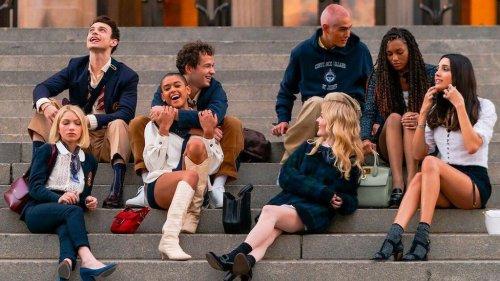 """Reboot de """"Gossip Girl"""" : quelles sont ces chaussures que la série a remis au goût du jour et que les fashionistas s'arrachent déjà ?"""