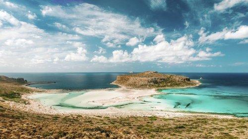 Voyage en Europe : voici les 12 plus belles îles pour des vacances paradisiaques loin de la pandémie