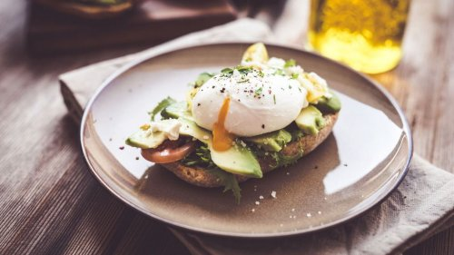 Pesto Eggs : voici la recette de la tartine d'œufs au pesto ultra gourmande qui fait le buzz sur TikTok !