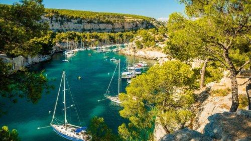 Voyage en France : 15 petites villes en bord de mer pour profiter d'un séjour apaisant et ne plus penser au confinement !
