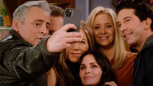 Jennifer Aniston and Courteney Cox Were Paid A Lot Of Money For The Friends Reunion