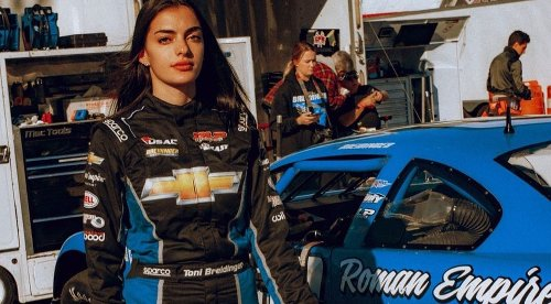 TONI BREIDINGER JUST MADE HISTORY AS NASCAR'S FIRST ARAB-AMERICAN FEMALE DRIVER - Grazia Middle East