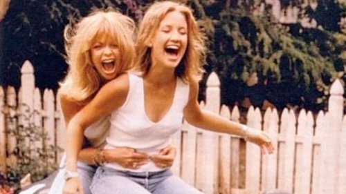 Goldie Hawn and Kate Hudson: Why Their Mother-Daughter Relationship Is So Watchable - Grazia USA
