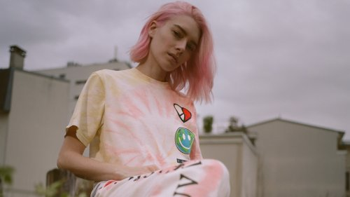 Tommy Jeans Wants You To 'Luv The World' - Grazia