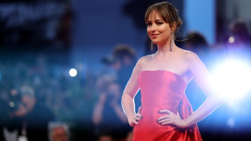 Behind-The-Scenes: Dakota Johnson Transforms For Persuasion - Grazia