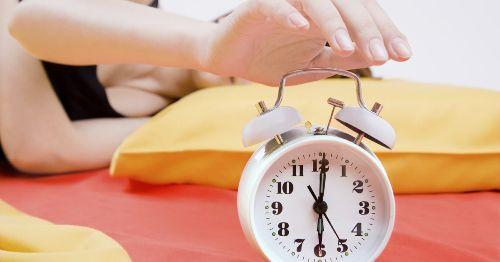 Why the Snooze Button Is Ruining Your Sleep