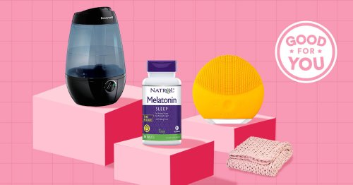 The Greatist Bedtime Routine Hacks: 15 Products That Help Our Editors Sleep