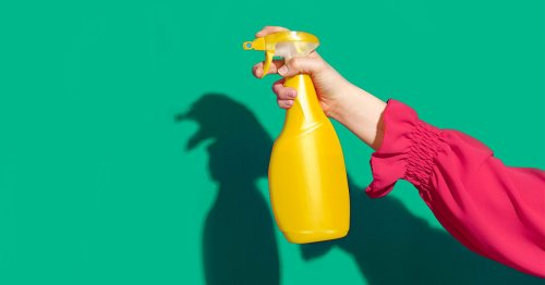 Secret (Cleaning) Agent Man: The Ins and Outs of Cleaning with Vinegar