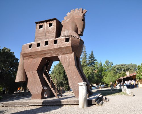 Archaeologists Claim They've Discovered the Trojan Horse in Turkey