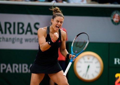 Greek Tennis Champion Maria Sakkari Beats Anett Kontaveit in First Tokyo Olympics Match