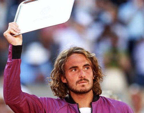 Tsitsipas Reluctantly Agrees to Become Vaccinated for Australian Open