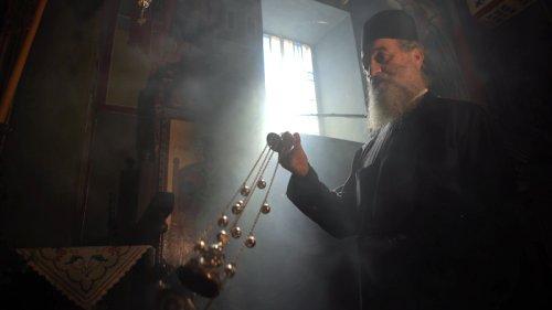 Priest Throws Acid at Metropolitans in Athens Monastery