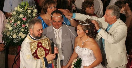 The Customs and Traditions of a Typical Greek Wedding, Explained