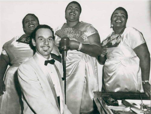 The Greek Rhythm and Blues Legend Who Passed as Black