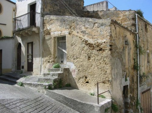 Village in Sicily Sells Houses for Two Euros Each