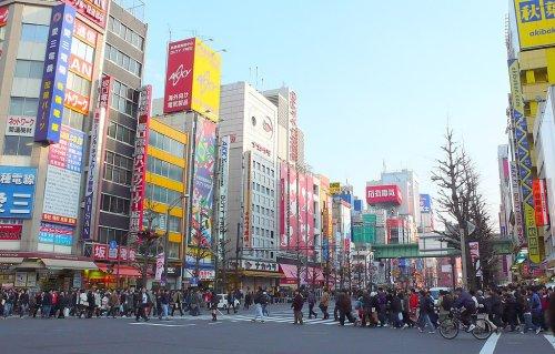 Shadow Over Tokyo Olympics as Japan Tightens Lockdown