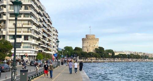 Coronavirus Death Toll Rises in Greece As Tourist Season Kicks Off