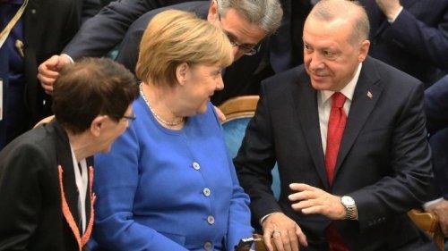 Merkel Meets With Erdogan in Turkey on Farewell Visit