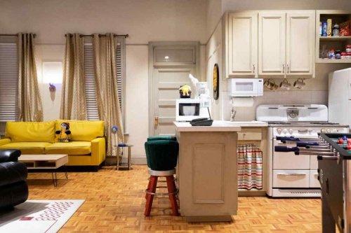 Friends era la tua passione? Ecco come puoi prenotare una notte a New York nell'appartamento di Monica e Rachel