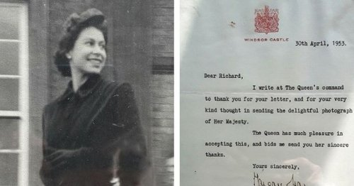 Unpublished photo of the Queen shared by Grimsby man on her birthday
