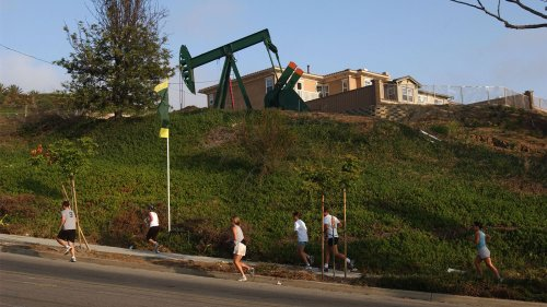 7 million Californians live near oil and gas wells. This bill could change that.