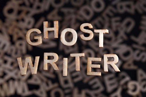 Ghostwriter: Das Geschäft mit den namenlosen Textern