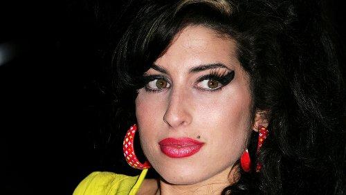 The Tragic Death Of Amy Winehouse