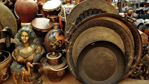 Antiques Roadshow Items That Made The Owners Crazy Rich