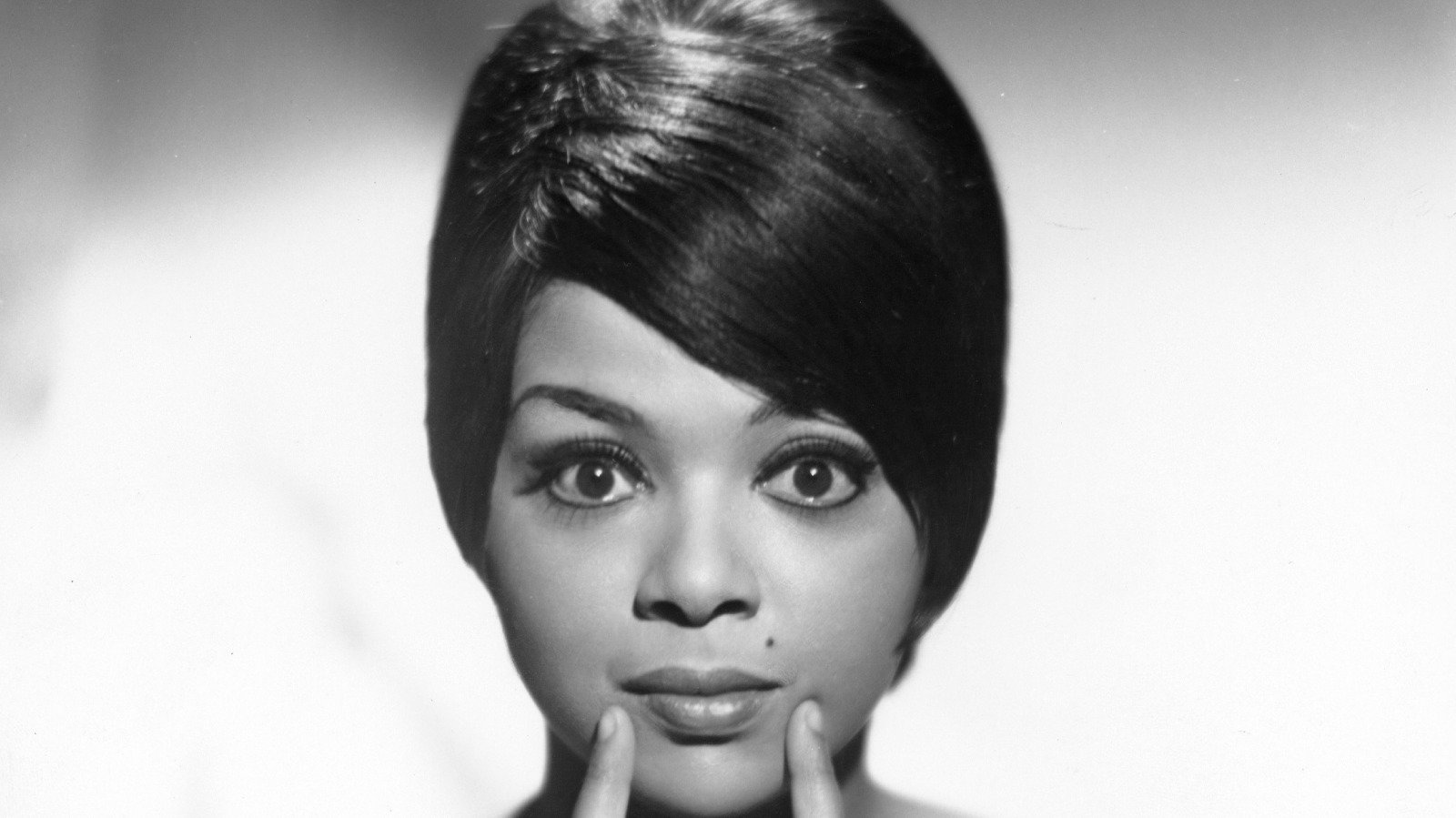 Tragic Details About Tammi Terrell's Life