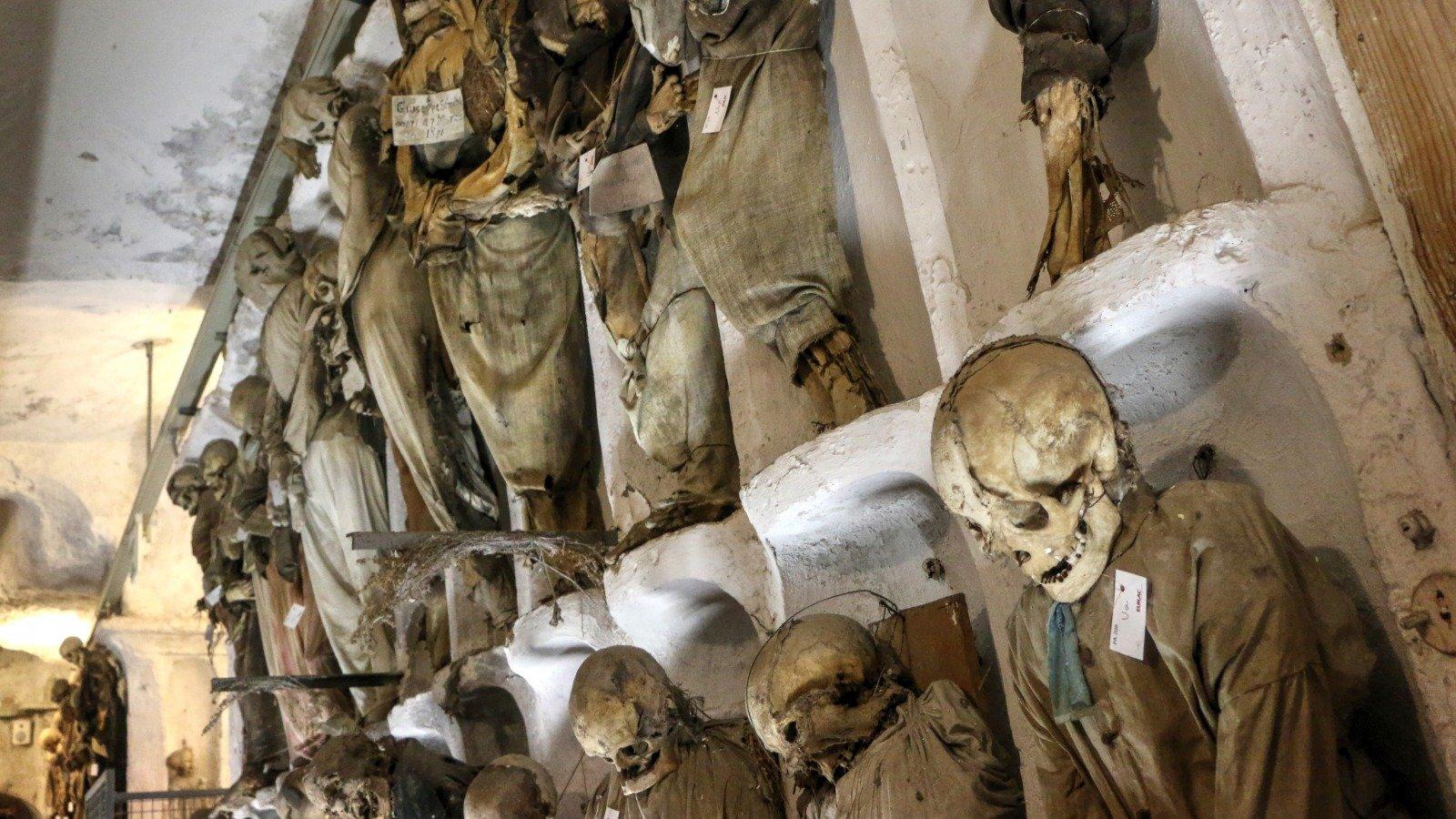 History's Most Bizarre Burials