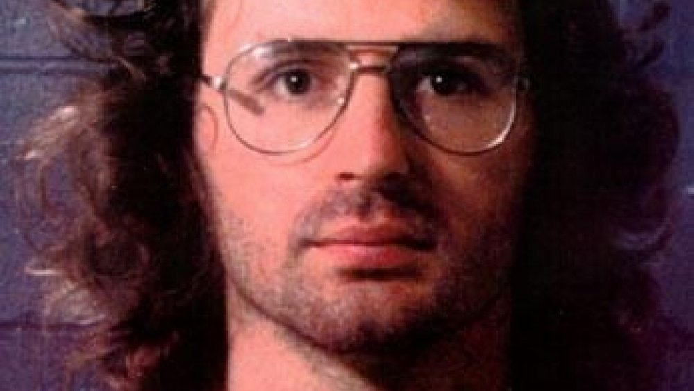 The Messed Up Truth Of Cult Leader David Koresh