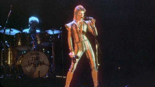 What David Bowie's Most Famous Looks Actually Mean