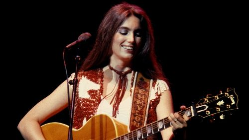 The Untold Truth Of Emmylou Harris