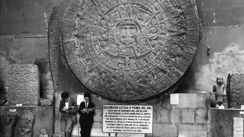 Where Can The Aztec Sun Stone Be Found Today?
