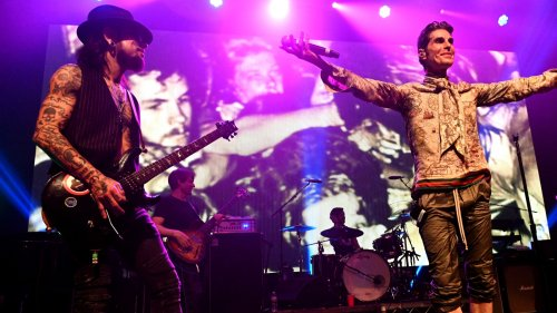 Here's Why Dave Navarro Was Almost Kicked Out Of Jane's Addiction