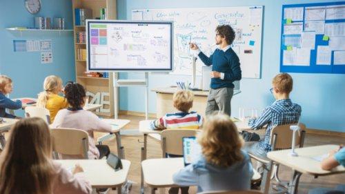 11 Lies Your Teacher Told You In School