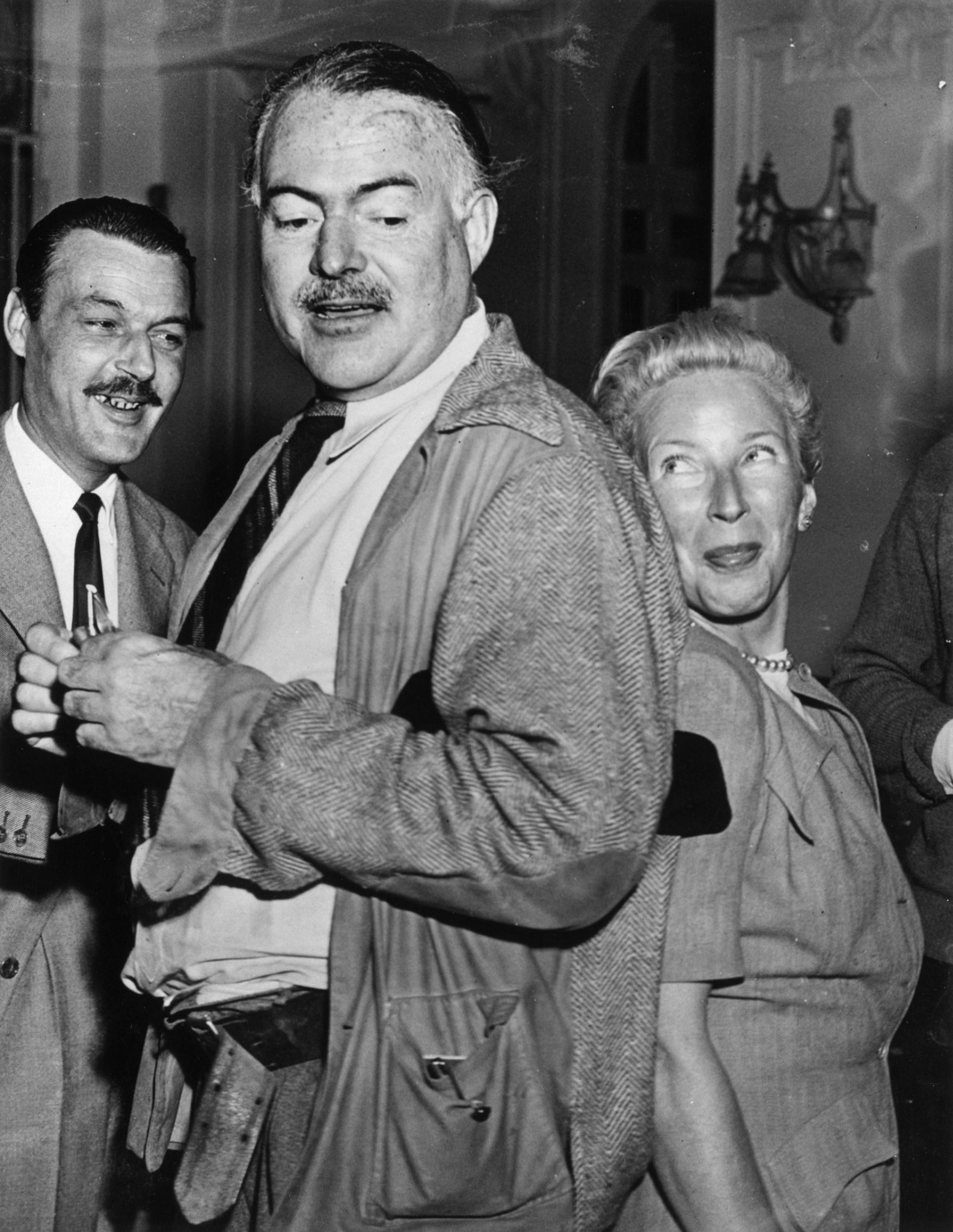 5 Reasons Why Ernest Hemingway Was A Total Badass