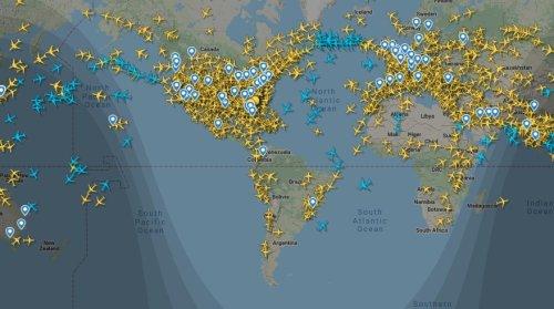 Viagens aéreas estão sendo retomadas, mas Brasil segue em baixa