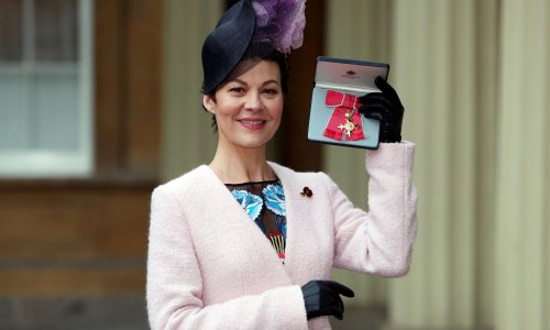 Helen McCrory swore friends to secrecy about cancer diagnosis