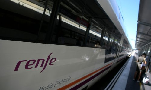 Spanish rail reveals plans for high-speed London to Paris link